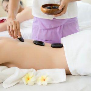 Masaje con piedras calientes. 45 minutos